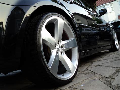 chrysler 300c tires chrysler 300c custom wheels startech 22x9 0 et tire