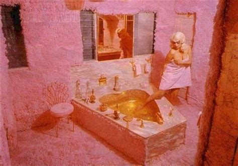 jayne mansfield pink palace jayne mansfield nourishing obscurity