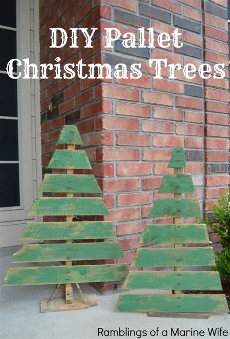 pallet christmas tree dimensions diy pallet trees nothing but room
