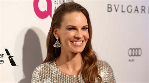 Hilary Swank W Covergirl by Hilary Swank Joins Danny Boyle S Fx Limited Series Trust