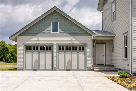 What Colour To Paint Garage Door Painting Garage Doors Advice From The Decorologist The Decorologist