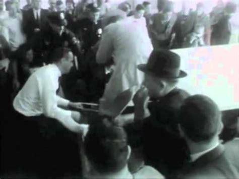 1963 oswald unloaded from ambulance at parkland hospital