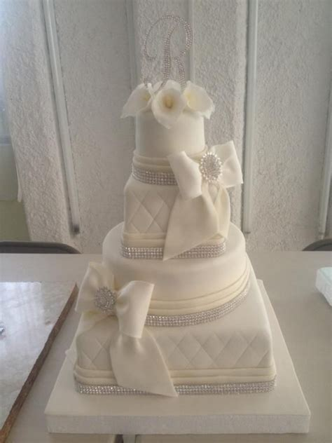10 best ideas about bow cakes on fondant bow fondant bow tutorial and cakes