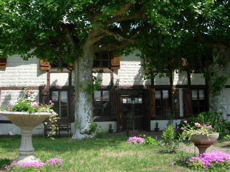 diff駻ence entre gite et chambre d hote gites chambres d h 244 tes locations de vacances landes