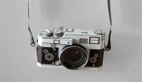 folding faux tography: papercraft status symbol camera