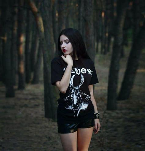 imagenes goticas metal 226 mejores im 225 genes de black metal style en pinterest
