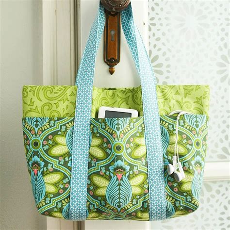 pattern for tote bag making easy multi pocket tote bag free sewing tutorial