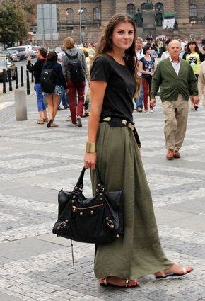 olive green maxi skirt | elfsacks | outfits i love