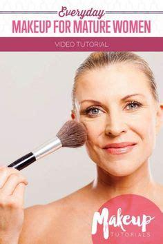 natural makeup tutorial over 50 how to wear makeup on mature skin courtney cox makeup