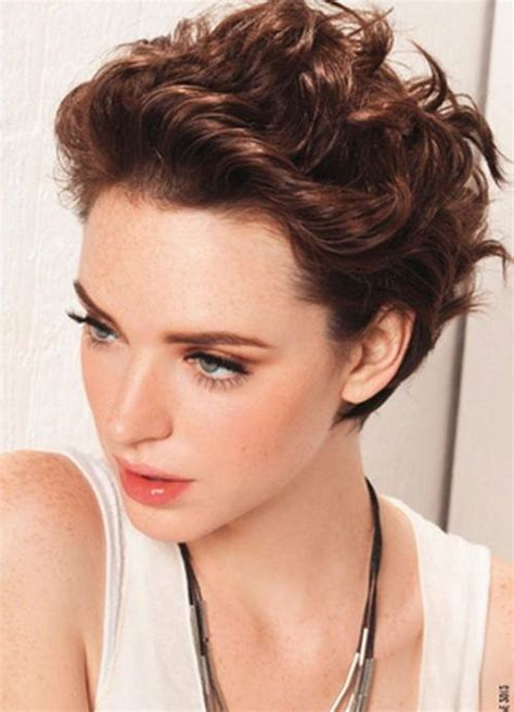 short hairhair straght on back curly on top 111 amazing short curly hairstyles for women to try in 2016