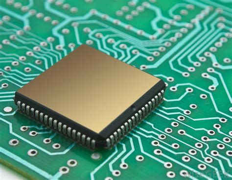 layout software chip integration of novel materials with silicon chips makes
