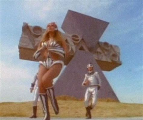 raquel welch space dance originally loved 1970s dancing raquel welch space girl
