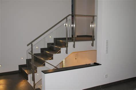 schiebetüren aus glas für innen schlosserei schleip innentreppe gel 228 nder edelstahl glas