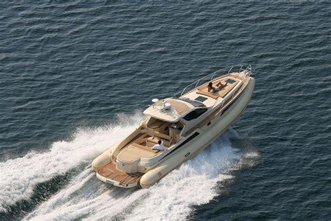 piccoli cabinati a vela cabinati a vela usati vendita media ship broker charter