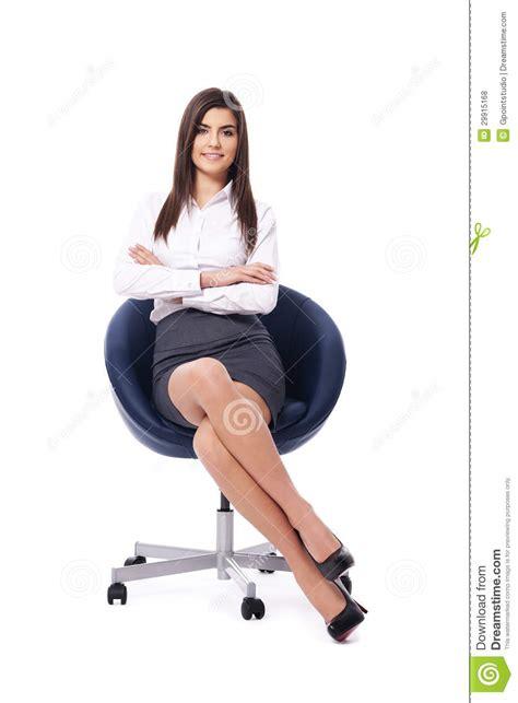 sulla sedia donna di affari sulla sedia fotografia stock immagine