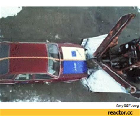 animated car crash car crash gif find on giphy