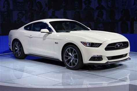 Mustang New York Auto Show 2015 2015 ford mustang 50 year limited edition debuts at 2014