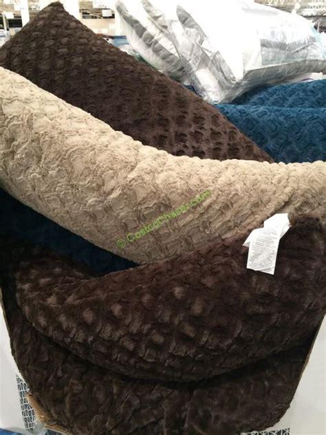 Pillows Costco by Costco 1058183 Arlee Home Fashions Pillow