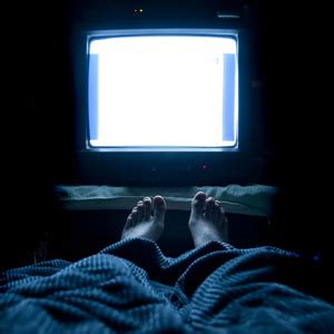 watching tv before bed 6 habits that ruin a good night s sleep grandparents com