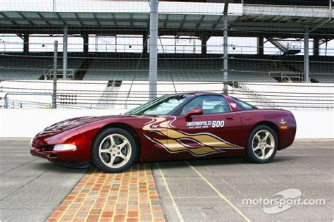 indianapolis  corvette pace car  indy