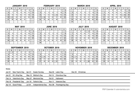 yearly calendar  holidays  printable templates