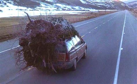 griswold car with christmas tree pics le sapin a des boules la ford taurus de la famille griswold autofocus ca