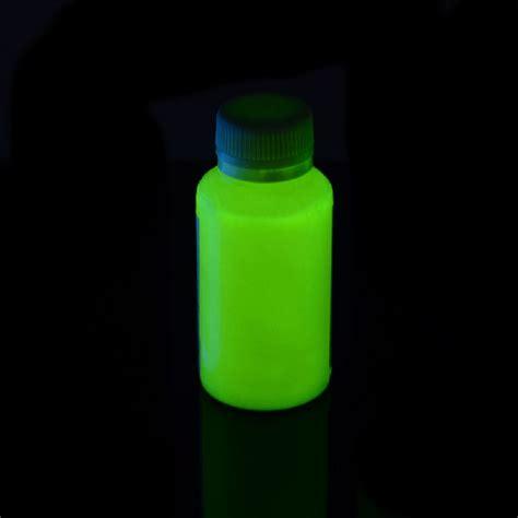 glow black light black light glow in the verf groen glow in the