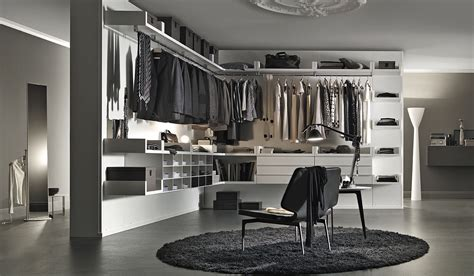 Modern Closet Design Contemporary Walk In Closet Ideas For Both And