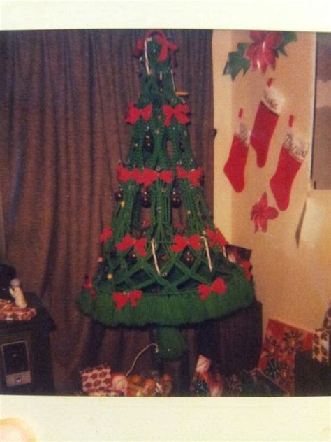 pattern for macrame christmas tree macrame christmas trees and a tree on pinterest