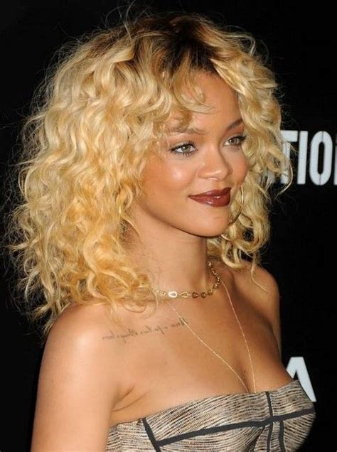 great haircuts in chicago 15 rihanna hairstyles different haircut popular curly