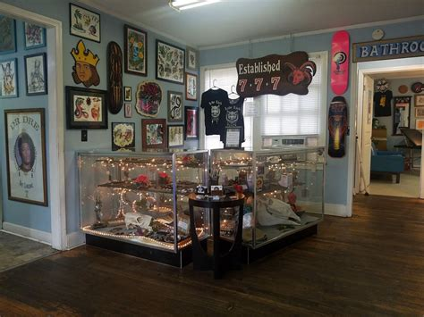 lady luck tattoo hattiesburg luck 33 photos 6230 u s hwy 49
