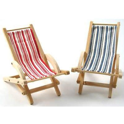 sling back chairs in the sun