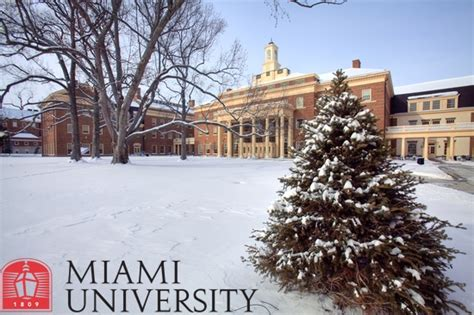 Mba U Of Miami by Pin By Miami On Cus