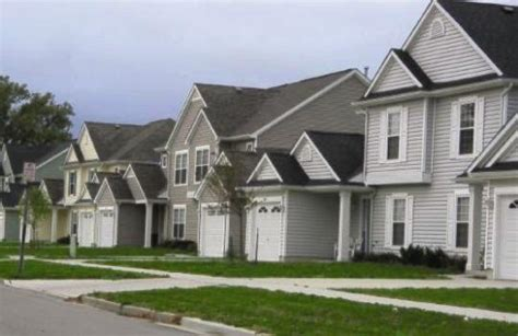 Townhomes That Take Section 8 by Reuben Townhomes Apartments For Rent Saginaw Mi