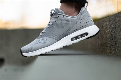 Air Grey nike air max tavas grey white wortleyfootballclub co uk