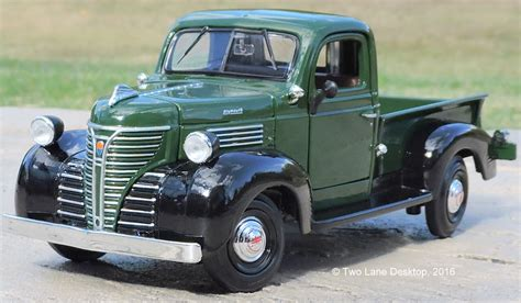 Motor Max 143 1941 Plymouth Truck two desktop motormax 1 24 1941 plymouth