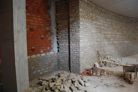 interni casa in pietra rivestimenti con pietre antiche per interni