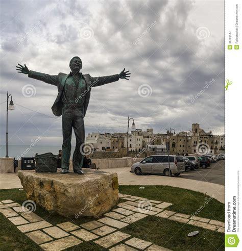 domenico modugno statue  polignano  mare editorial photography image