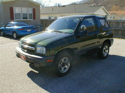 how cars engines work 2001 chevrolet tracker navigation system 01zr2tracker 2001 chevrolet tracker specs photos modification info at cardomain