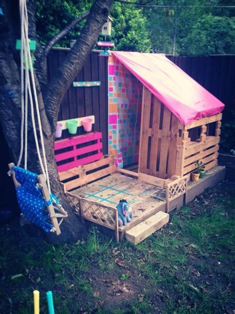 pallet play house kids playhouses made with wooden pallets pallet wood