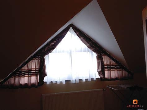 vorhang dreiecksfenster schr 228 ge decken schr 228 ge fenster heimtex ideen