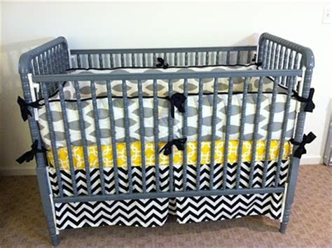 spray painted grey lind crib diy make this do this
