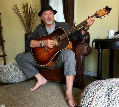 vasco il blues della chitarra sola testo e