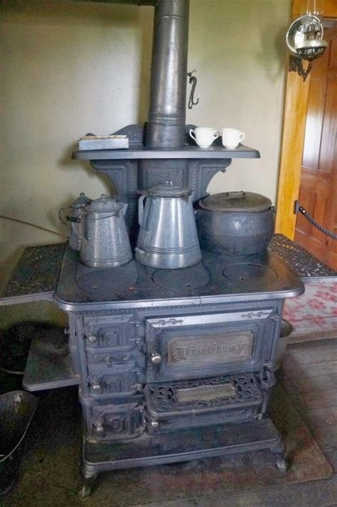 Log Cabin Wood Stove by Log Cabin Wood Stoves Images Stoves And Heaters
