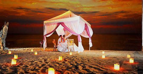 romantic restaurants  bars  bali