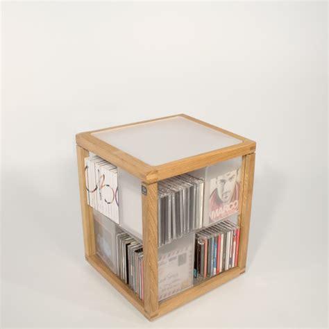 porta cd zia babele trottola porta cd a colonna in legno e acrilico