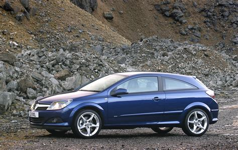 opel astra 2005 sport vauxhall astra sport hatch review 2005 2010 parkers