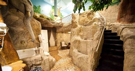jungle themed rooms for adults jungle theme room d 233 cor salt lake s most romantic getaway anniversary inn