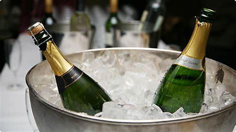 Ra Wina temperatura podawania wina baza wiedzy o winie winezja pl