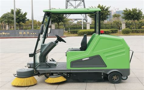 teppichkehrer klein eectronic mini sweeper truck for sale industrial street